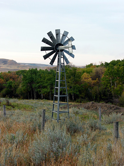 Eastend_windmill