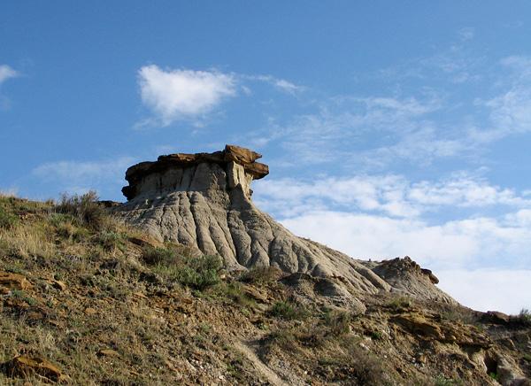 hoodoo, Cretaceous, ironstone, Dinosaur Provincial Park