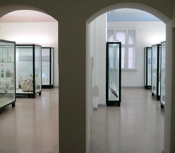B galleries