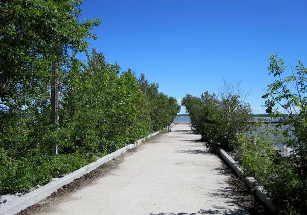 6 dock road